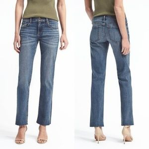 Banana Republic Raw Hem Girlfriend Jeans